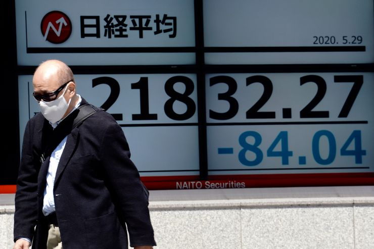 World stock markets drop as US-China tensions weigh