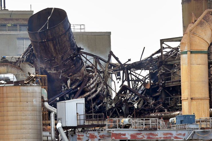 Explosion caught on video damages paper mill; no one hurt