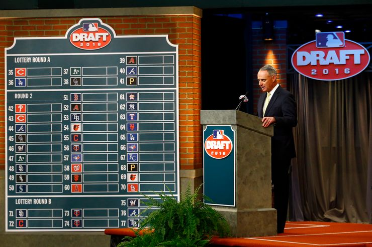 Shortened MLB amateur draft to remain at New Jersey studio