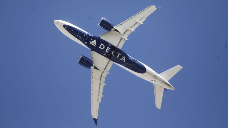 Treasury: Major airlines to take $25B in aid to meet payroll