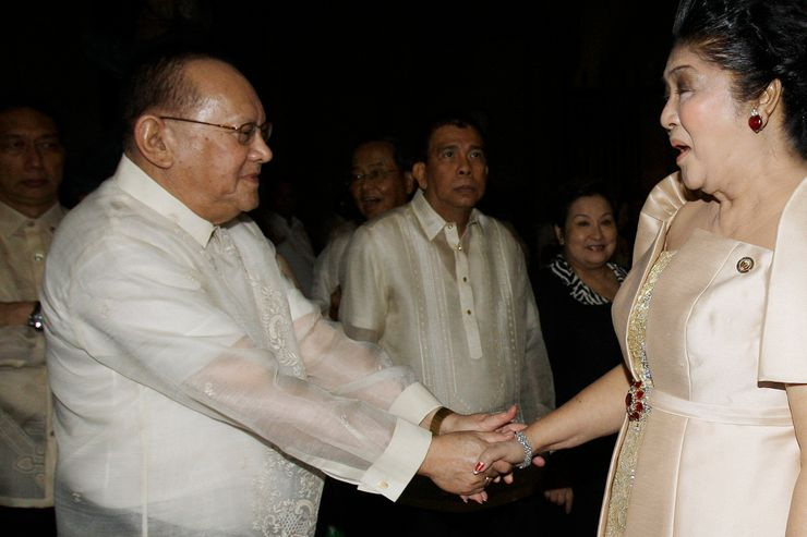 Philippine beer tycoon allied with late dictator dies