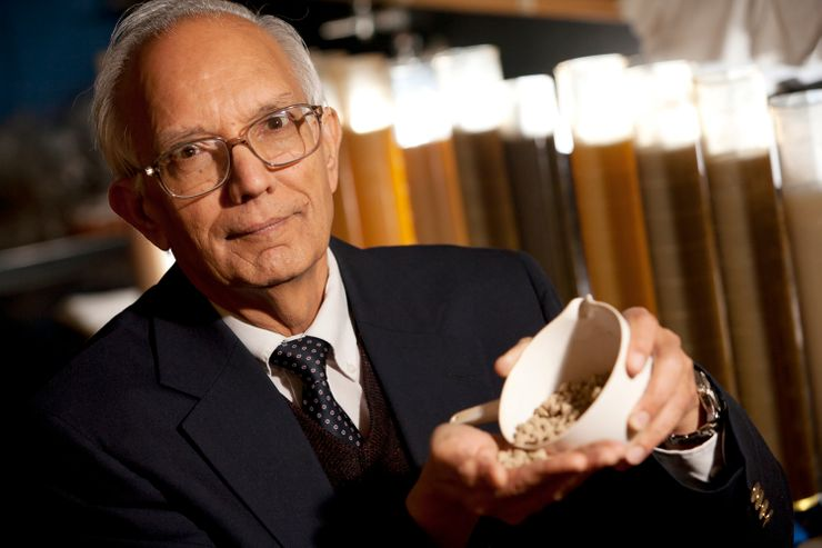 Ohio State University soil professor gets World Food Prize