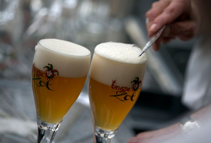 Buy 2, get 1: Belgium launches Helpy Hour to support bars