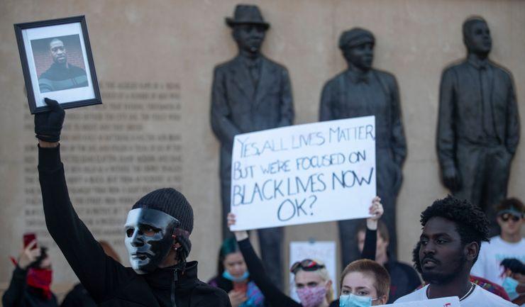 Minnesota pardons black man in century-old lynching case