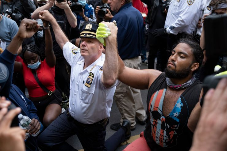 Macy's hit as New York imposes curfew amid Floyd protests