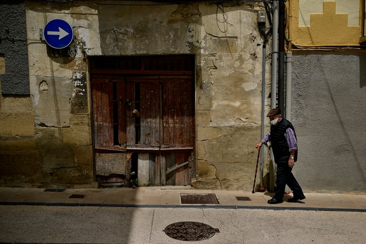 Spain PM: pandemic increased mortality among non-virus ill