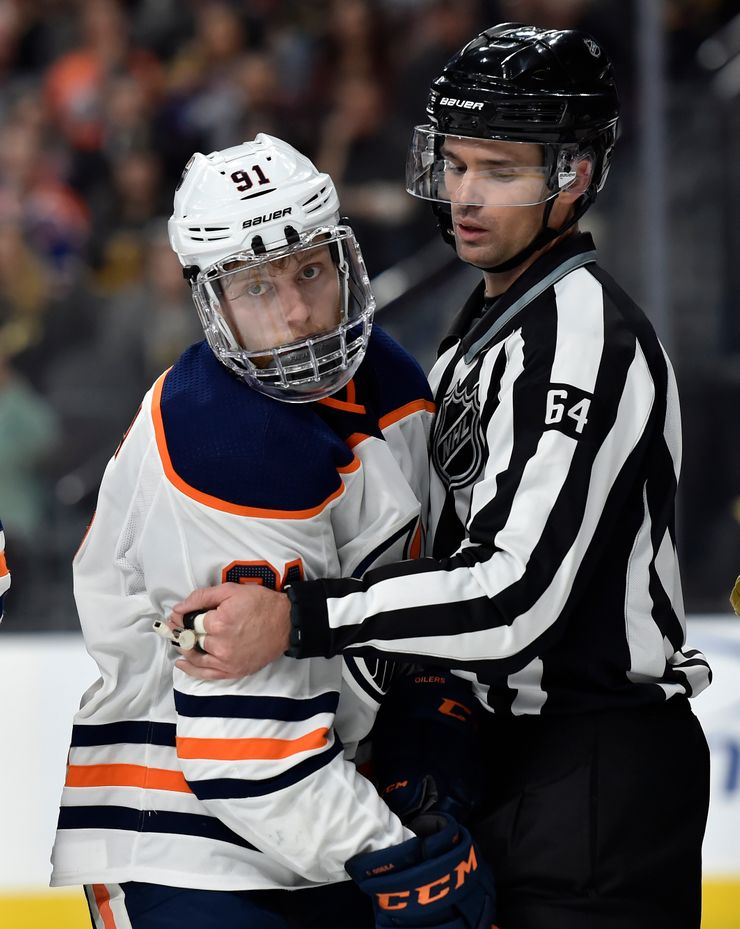 No full shields for players; NHL talking off-ice protection