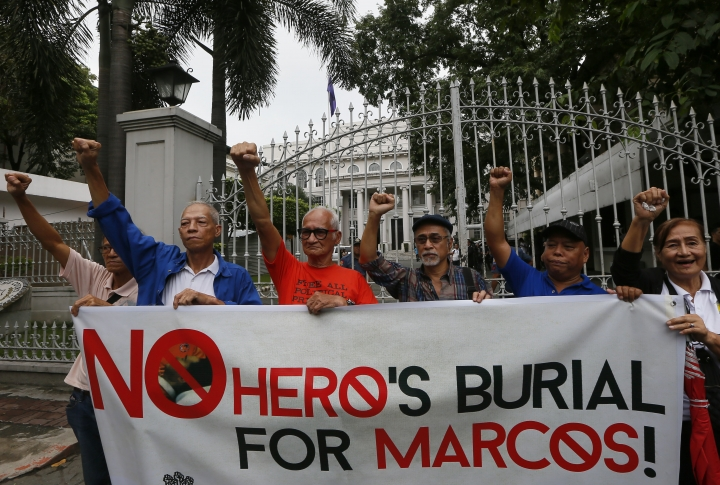 Philippine court asked to block hero's burial for Marcos