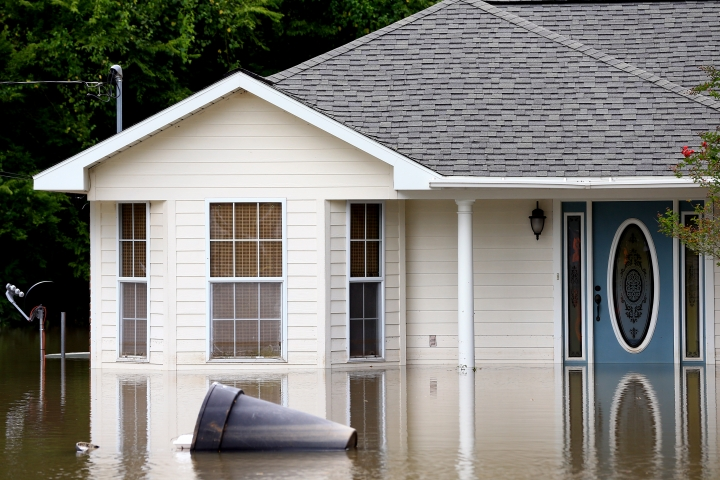 Driven out: Housing crisis looms in flood-stricken Louisiana