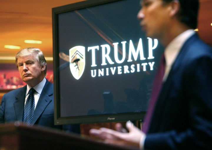 Clinton campaign tries to re-focus on Trump University