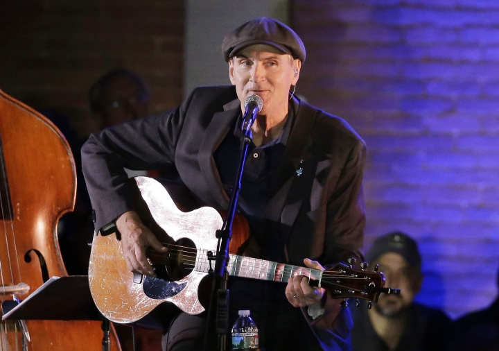 James Taylor cancels Manila concert over Duterte's drug war