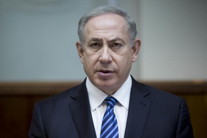 Israel: humbled Netanyahu places hopes in Trump