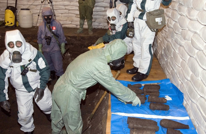 China says 2,500 wartime Japanese chemical weapons destroyed
