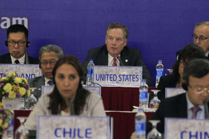 Pacific ministers commit to move ahead with pact without US