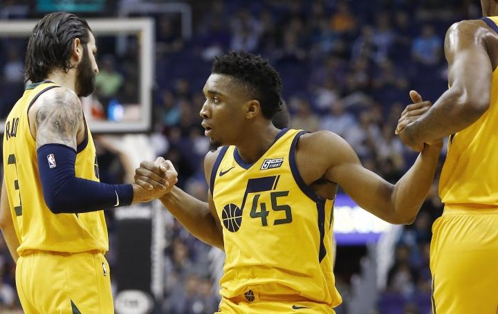 Rookie Mitchell scores 40, Jazz rout Suns 129-97