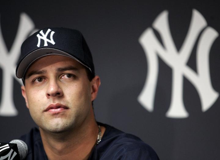 Ex-All Star pitcher Esteban Loaiza arrested on drug charges