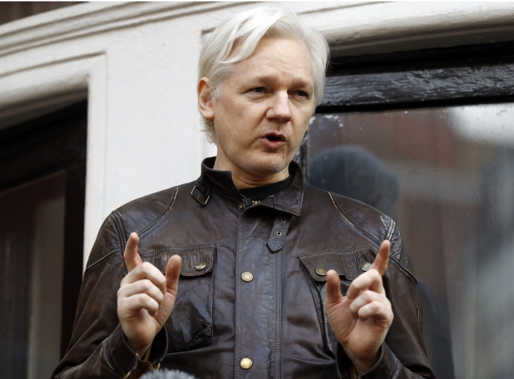 UK judge upholds arrest warrant for WikiLeaks founder